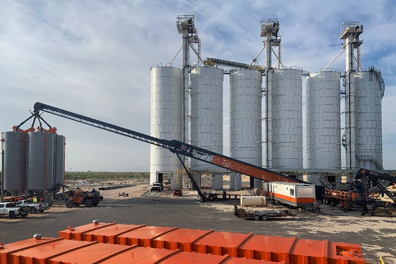 Conveying TeleStacker - bin and bunker loading - 04 by Superior Industries