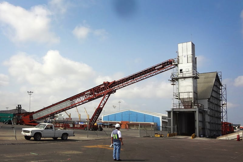 Conveying TeleStacker - bin and bunker loading - 05 by Superior Industries