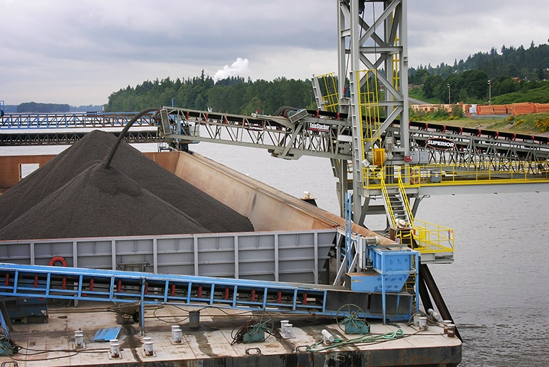 Conveying TeleStacker - bin and bunker loading - 08 by Superior Industries