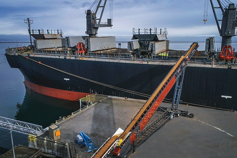 Conveying - ship loading - 11 by Superior Industries