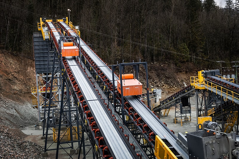 In-Plant Conveyors by Superior Industries