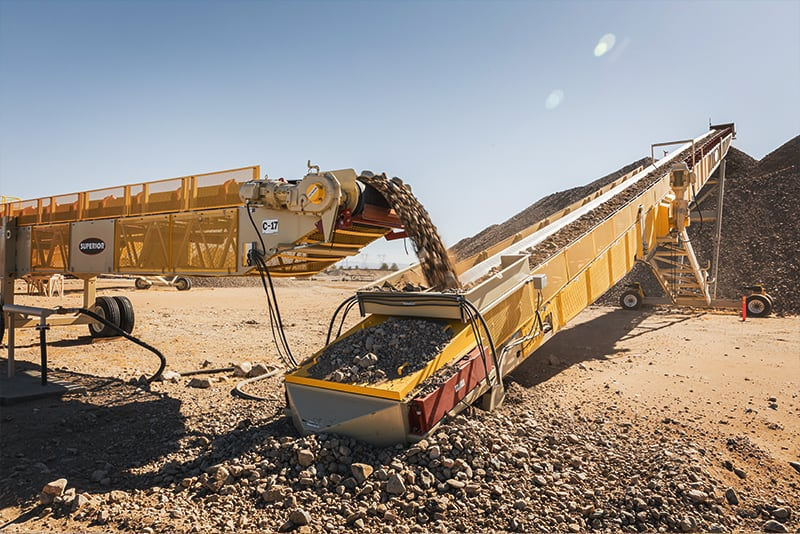 Conveyor loading and offloading | Superior Industries