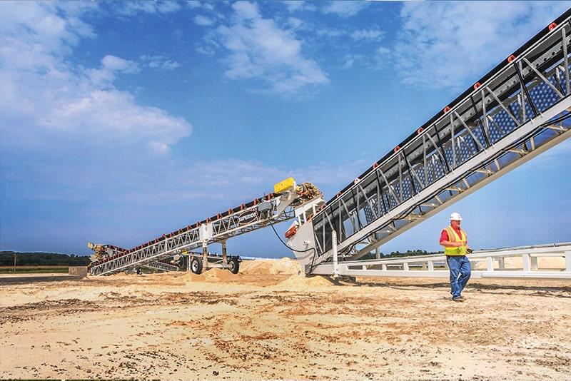 Material transfer via jump conveyors | Superior Industries