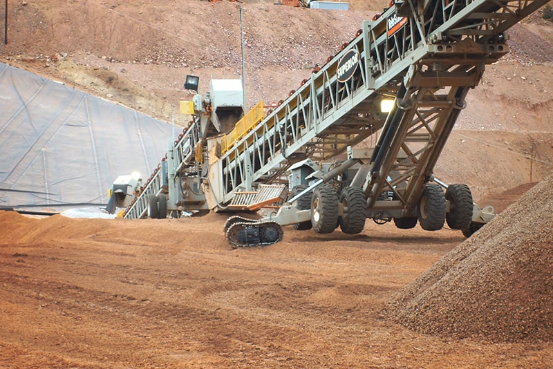 Grasshopper Conveyors at Mining Site | Superior Industries