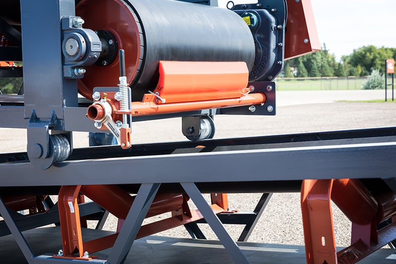 Slide-Stac Conveyors safely roll on and off pack | Superior Industries