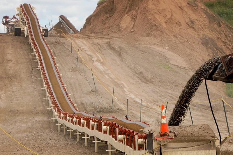 Trailblazer Conveyor transferring material