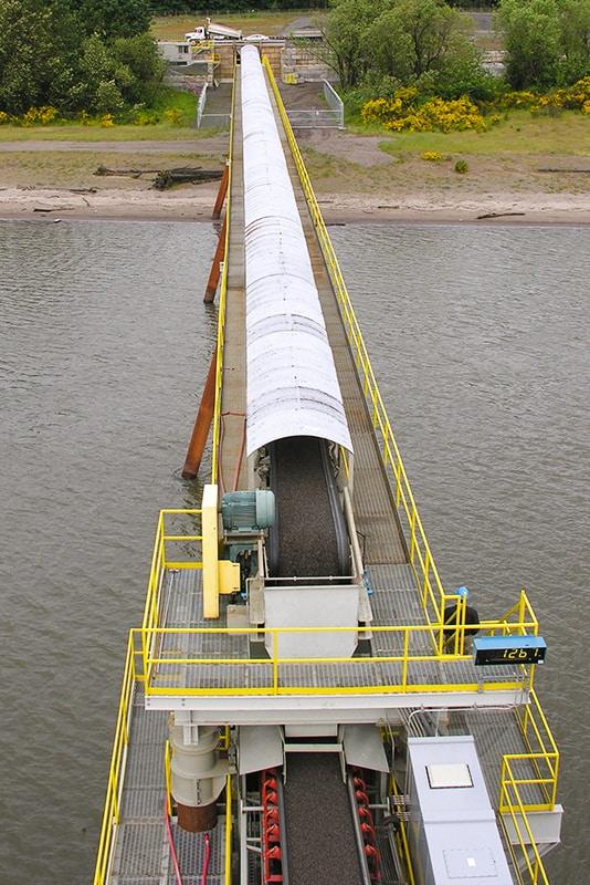 morse-bros-vertical-barge-overland-conveyor-by-superior-industries