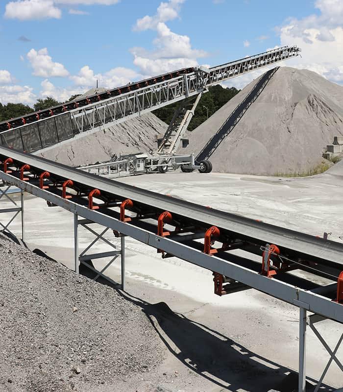 scruggs-telestacker-conveyor-by-superior-industries