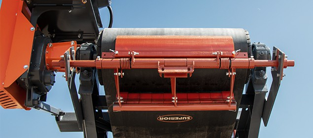 Aggregate Dual Belt Scraper | Exterra® Dual Belt Cleaner | Superior Industries