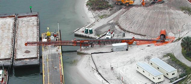 Extender Conveyor by Superior Industries