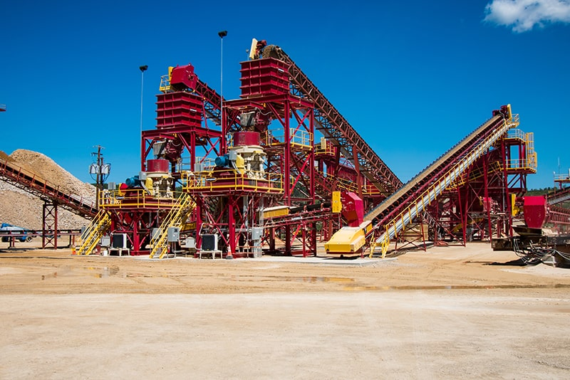 customer-story-kraemer-mining-construction-management-by-superior-industries-2